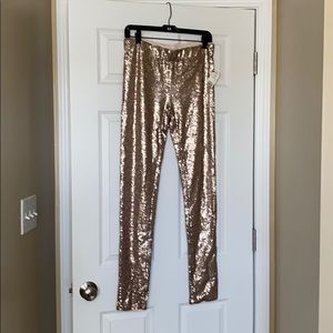 Akira Medium sequin legging Gold NWT